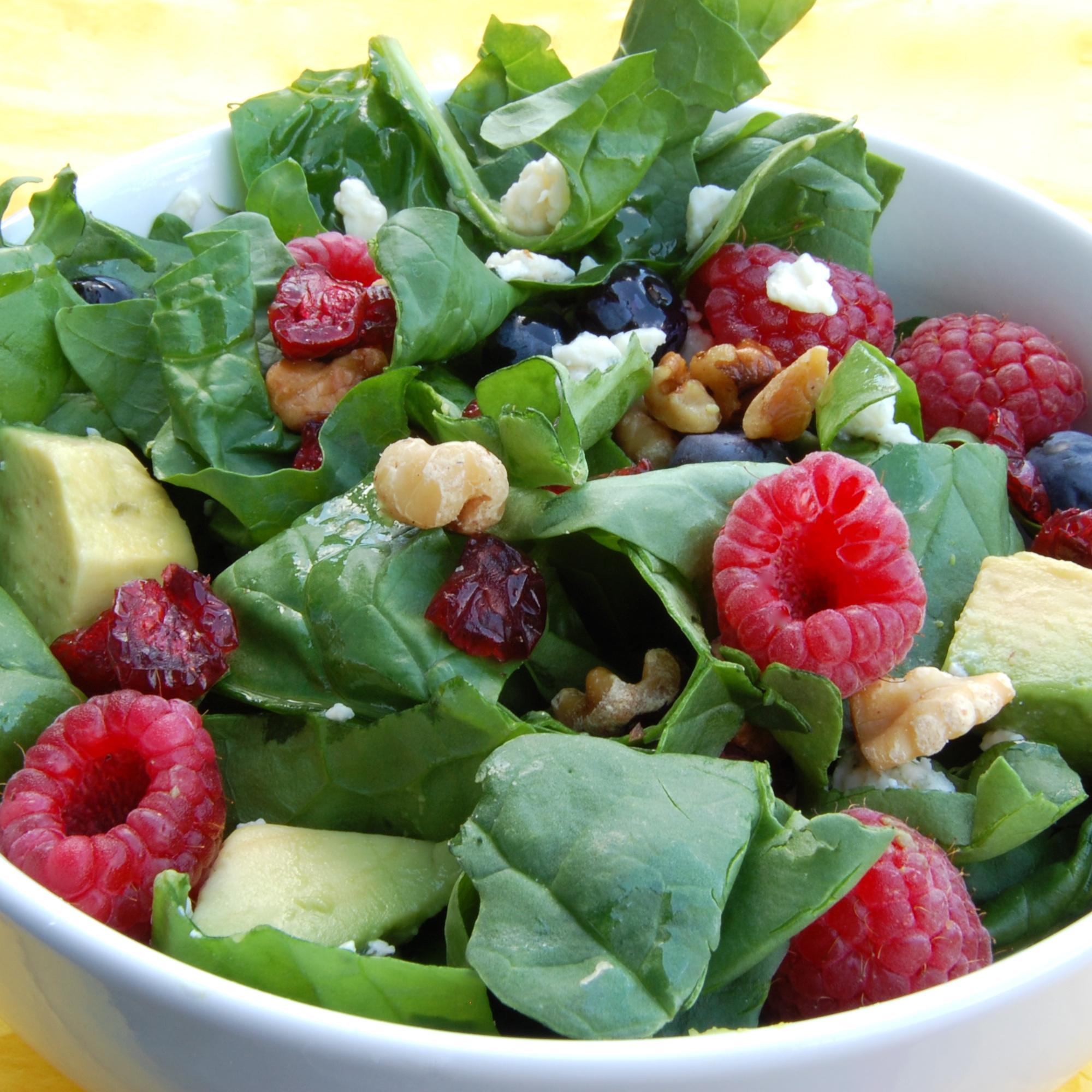 Raspberry And Walnut Kitchen: Spinach Salad W Walnut Raspberry Vin.