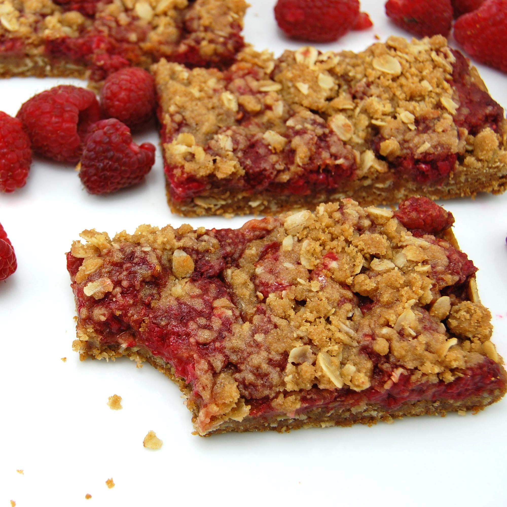 Raspberry Crumb Breakfast Bars | Sweet Pea's Kitchen
