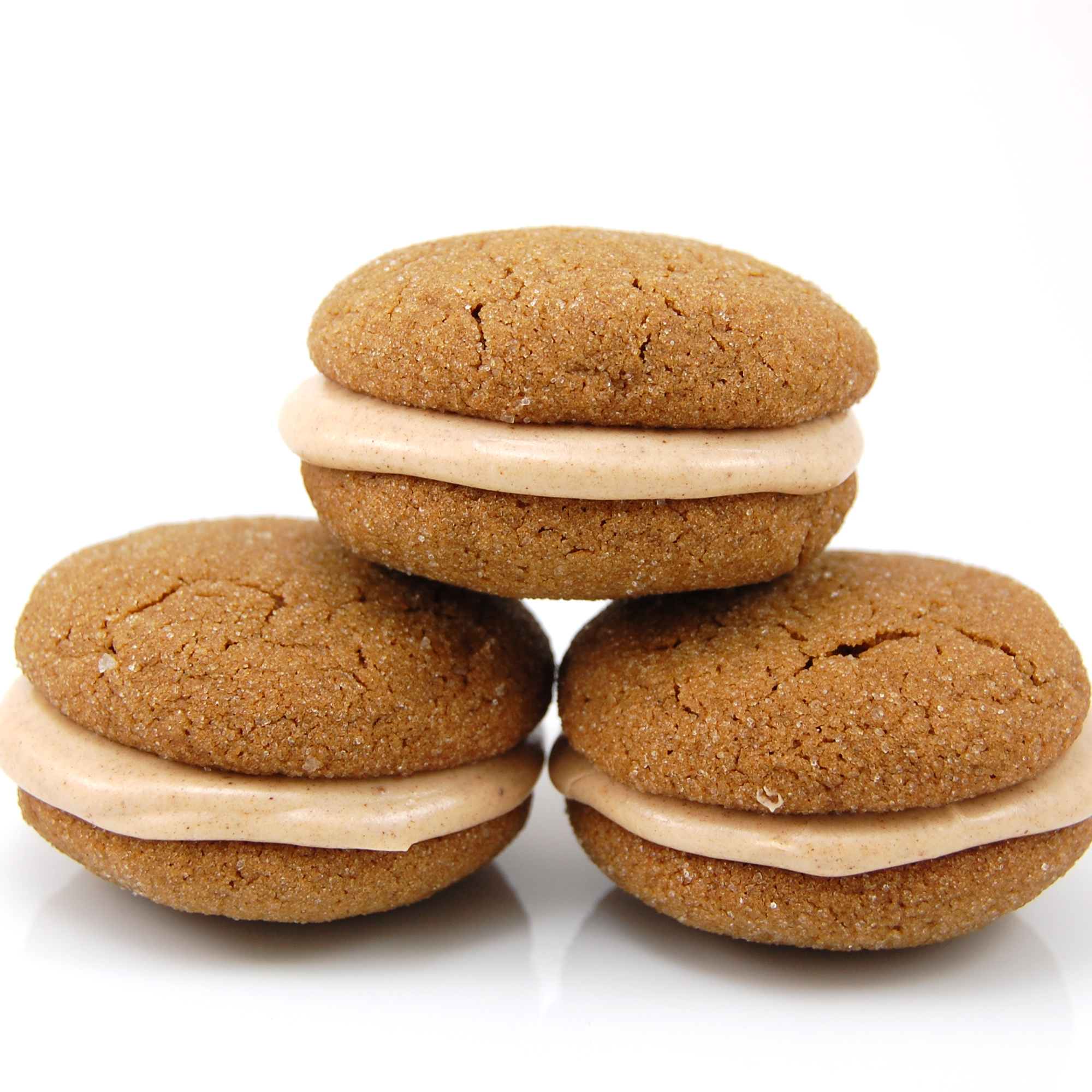 Ginger Sandwich Cookies with Cinnamon Cream Filling ...