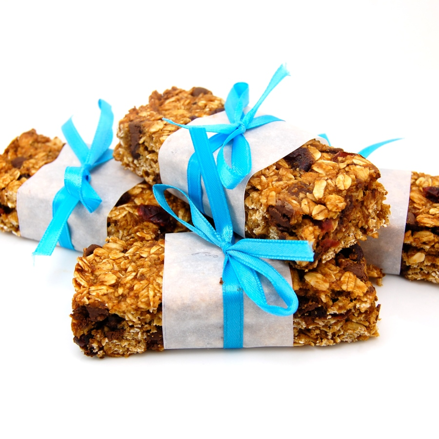 Pumpkin Cranberry Chocolate Chip Granola Bars