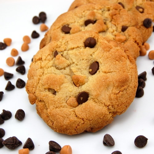 ... Pea's Kitchen » Thick and Chewy Chocolate Butterscotch Chip Cookie
