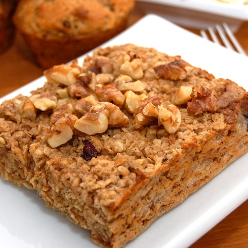 mix between an oatmeal bar and traditional creamy breakfast oatmeal ...