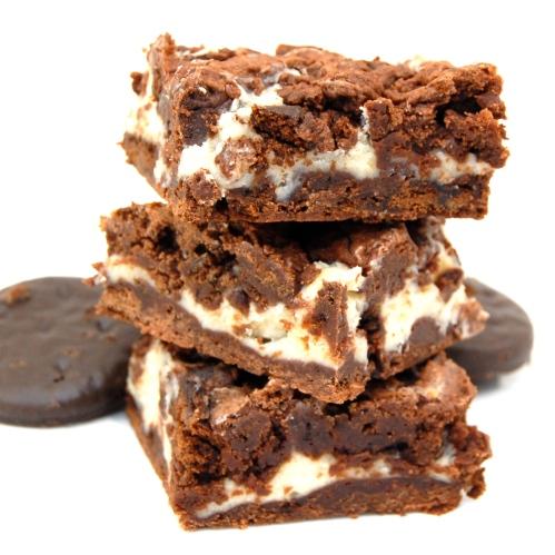 Thin Mint Cheesecake Swirl Brownies