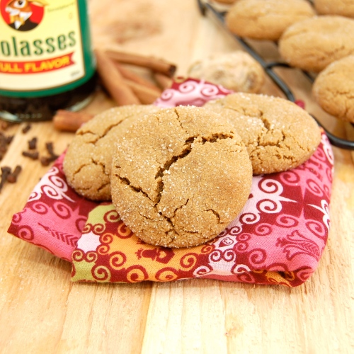 Sweet Pea's Kitchen » Soft and Chewy Molasses Spice Cookies