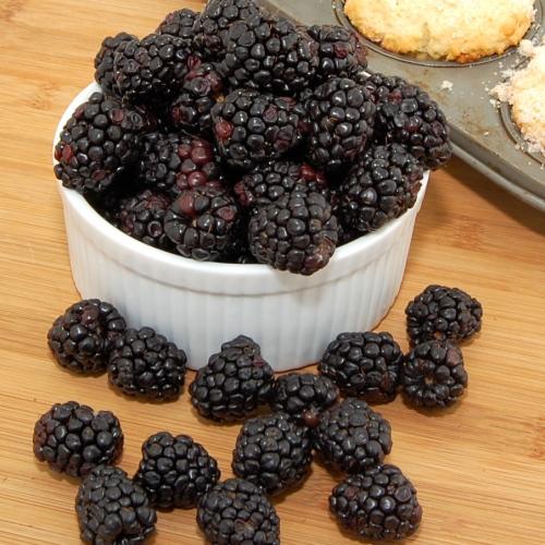 Sweet Pea's Kitchen » Lemon Ricotta Blackberry Muffins